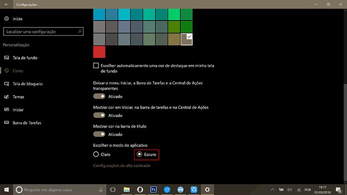 Windows 10 Anniversary Update adicionou tema escuro aos apps do sistema (Foto: Reprodução/Elson de Souza)