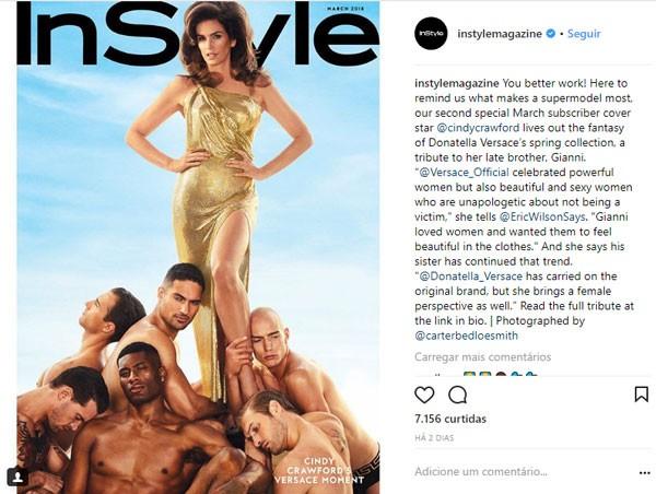 Crawford também publicou uma foto no Instagram na qual aparece em um verdadeiro harém masculino (Foto: Reprodução/Instagram)