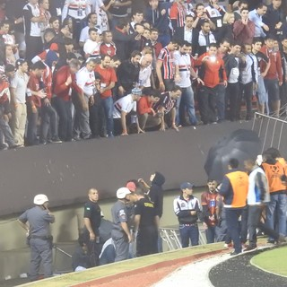 São Paulo Atlético Libertadores grade (Foto: Marcelo Prado)