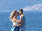 Beyoncé e Jay-Z trocam beijos durante viagem a Itália