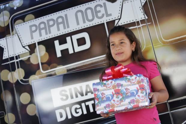 Saiba quais locais a van do Papai Noel visita (Foto: Luiz Renato Correa/RPC TV)