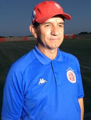 Guilherme Macuglia, técnico do América-RN (Foto: Jocaff Souza/GloboEsporte.com)