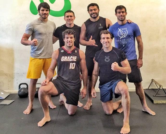 Erick Silva treinou com Rafael Sapo Natal, e os irmãos Gregor e Igor Gracie, nos EUA (Foto: Divulgação/Arquivo Pessoal)