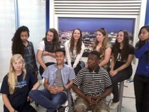 Estudantes norte-americanos visitam a TV Integração (Foto: Divulgação | TV Integração)