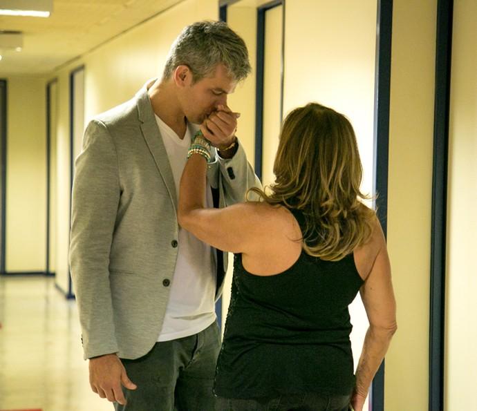 Otaviano Costa encontra Susana Vieira nos bastidores dos Estúdios Globo (Foto: Isabella Pinheiro / Gshow)
