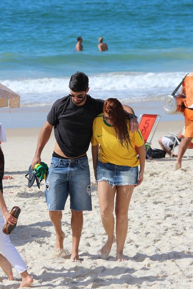 Ex-BBB Amanda Gotijo e Rodrigo Mathias (Foto: Fabio Moreno/Photo RioNews)