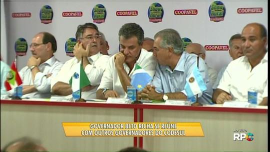 Beto Richa recebe governadores de SC, RS e MS durante o Show Rural