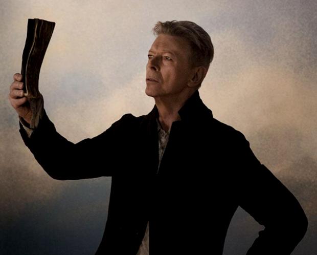 David Bowie no clipe de 'Blackstar' (Foto: Reprodução)