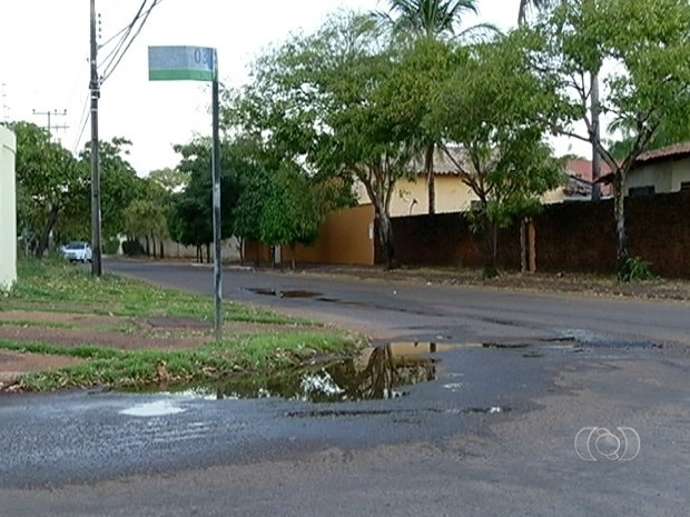 Decreto 747/2014 regulamenta a destinação das águas pluviais urbanas e residuais que não sejam originadas no sistema de esgotamento sanitário (Foto: Reprodução/TV Anhanguera)