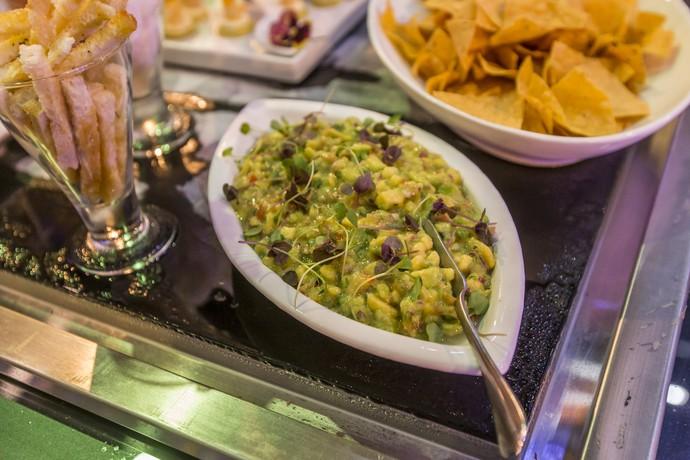Guacamole com nachos também estavam na festa (Foto: Artur Meninea/Gshow)