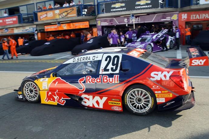 Daniel Serra faz a pole da etapa de Curitiba da Stock Car (Foto: Divulgação)
