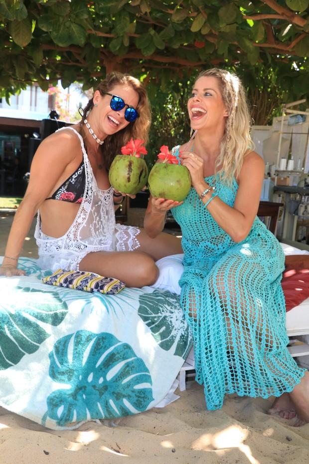 Dany Bananinha e Karina Bacchi em Jericoacoara, Ceará (Foto: Fred Pontes/Divulgação)