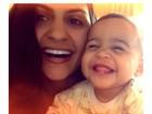 Ex de Adriano mostra filha fazendo careta e mostrando dentinhos na web