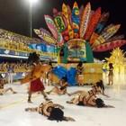 União da Ilha 'surfa' no desfile na Nego Quirido  (Cristiano Anunciação/ G1)