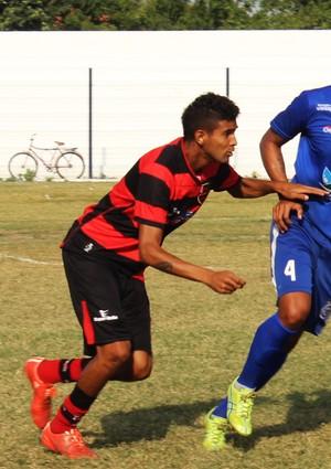 Augusto, atacante do Flamengo-PI (Foto: Josiel Martins)