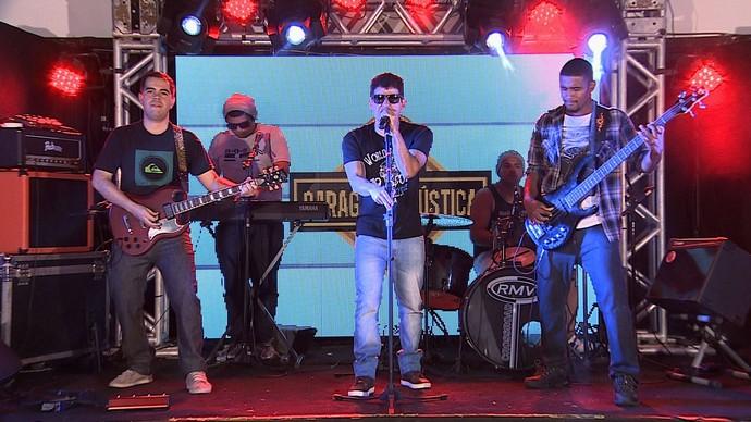 A banda 51% volta à competição com muita energia  (Foto: TV Sergipe)