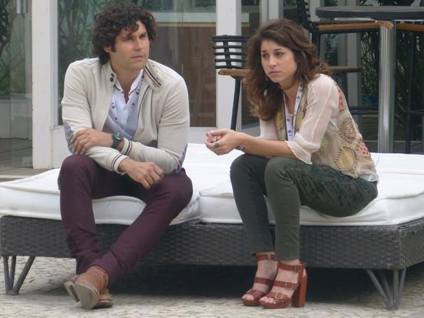 Manu chama Tuca para conversa e termina namoro (Foto: Geração Brasil/TV Globo)