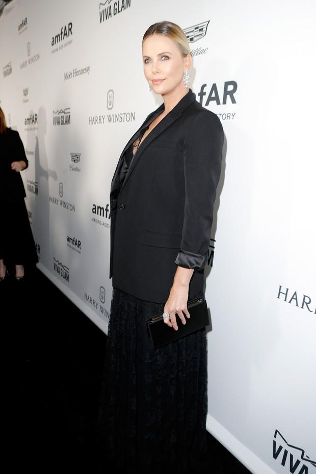 Charlize Theron em evento em Los Angeles, nos Estados Unidos (Foto: Jeff Vespa/ Getty Images)