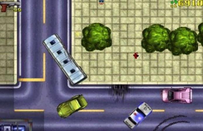 Primeiro jogo de GTA tinha visão aérea e objetos pré-renderizados em 2D (Foto: Divulgação)