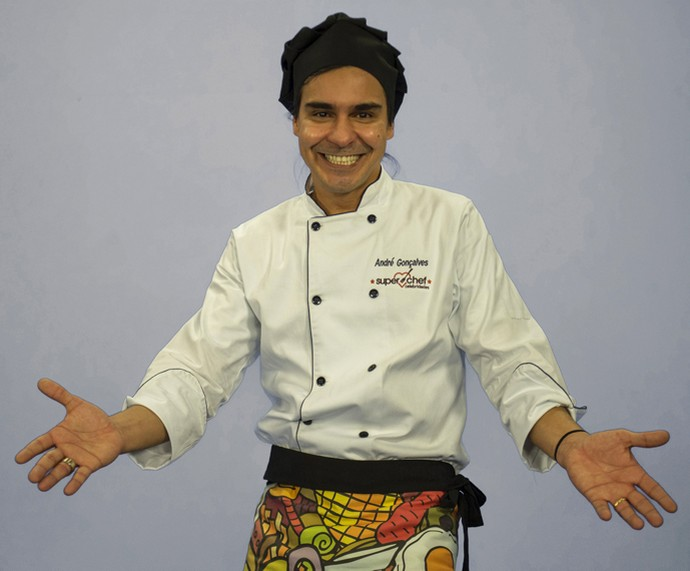 André Gonçalves é participantes do 'Super Chef 2016' (Foto: TV Globo)