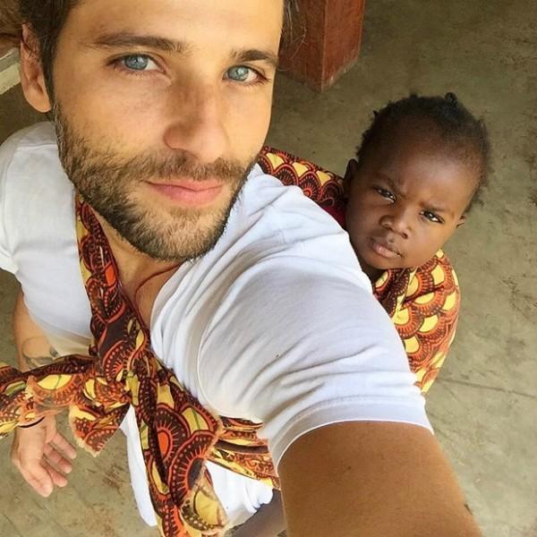 GIovanna Ewbank acompanhou o texto de foto do marido ao lado da filha, Titi (Foto: Reprodução/Instagram)