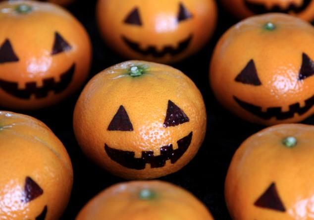 Mexericas substituem abóboras no Halloween (Foto: Reprodução/Pinterest)