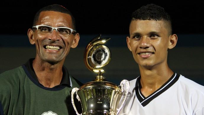 Sergio Duarte e o filho, Serginho (Foto: Isabella Pina)