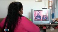 Pedagoga ganha prêmio de dois mil reais após instalar conversor de TV Digital em casa