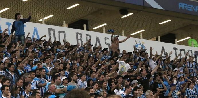 geral grêmio torcida canta macaco arena (Foto: Diego Guichard/GloboEsporte.com)