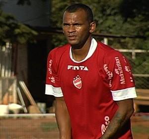 Daniel Tijolo - volante - Vila Nova (Foto: Reprodução / TV Anhanguera)