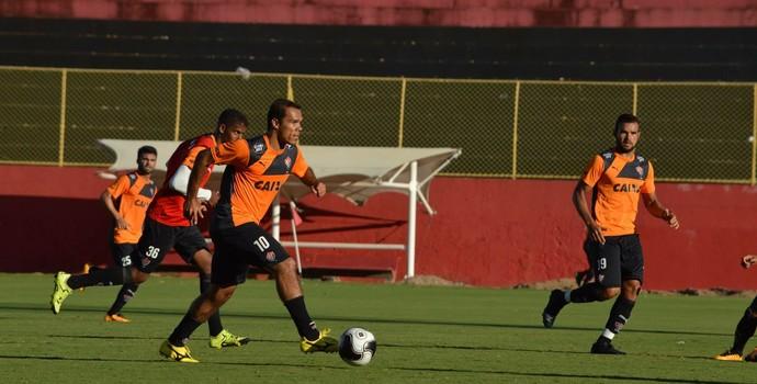 Leandro Domingues em treino do Vitória (Foto: Francisco Galvão / Divulgação / E.C. Vitória)