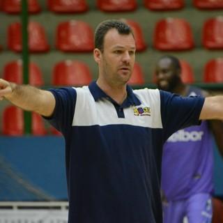Danilo Padovani técnico Mogi das Cruzes Basquete (Foto: Cairo Oliveira)