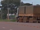 Motoristas recusam frete de MT para portos do PA após atoleiros na BR-163