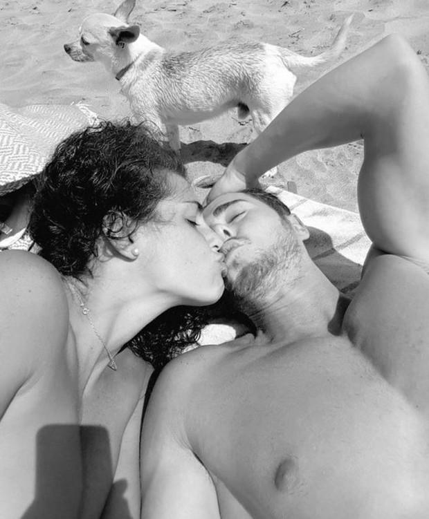 Noemí Merino com o namorado, Carlos Botana  (Foto: Reprodução/Instagram)