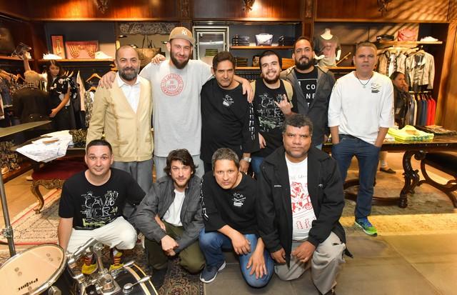 Alberto e Betinho Hiar, Renan Cruz e o time do C.U.P.I.N.S (Foto: Cleybi Trevizan )