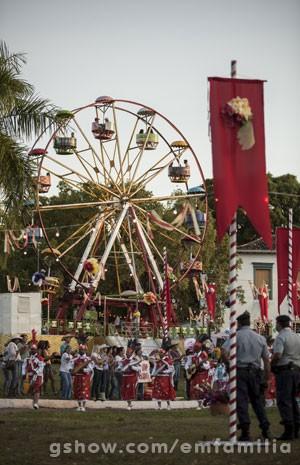 Até um pequeno parque de diversões foi montado na cidade (Foto: Inácio Moraes / TV Globo)