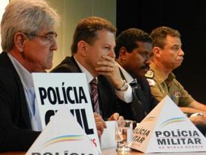 Autoridades discutiram sobre segurança pública em Uberlândia (Foto: Felipe Santos/G1)