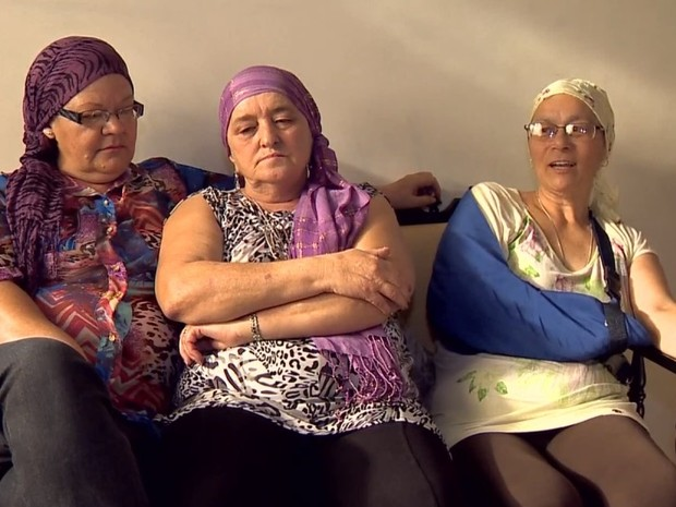 Lenços campanha Barbacena  (Foto: Reprodução/TV Integração)