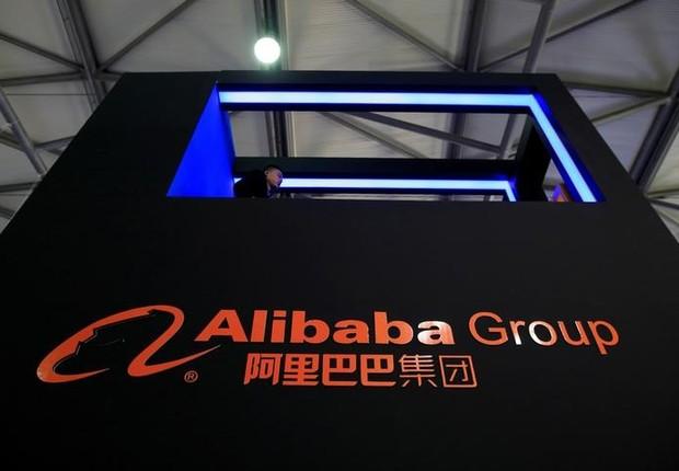 Logo da Alibaba em exposição de Shanghai, China (Foto: Aly Song/Reuters)