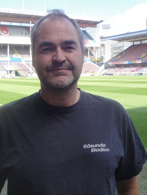 Robert Limpar, responsável pelo gramado do Estádio Rasunda na Suécia (Foto: Rafael Maranhão/Globoesporte.com)