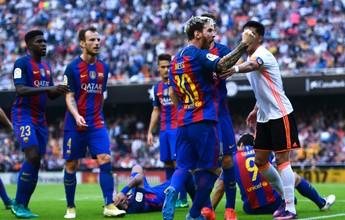 """Messi provoca torcedores do Valencia após tensão e agressão: """"Filhos da p..."""""""