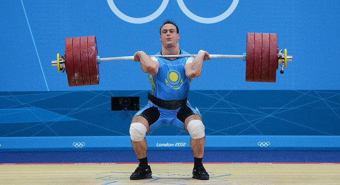 Ilya Ilyin doping campeão olímpico levantamento de peso londres 2012 (Foto: Getty Images)