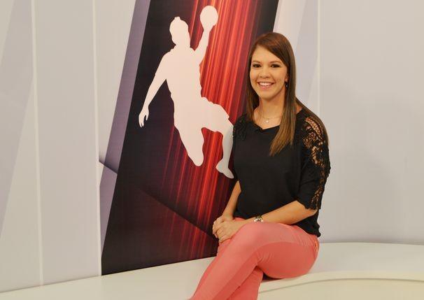 Tâmara Oliveira apresenta o Viva Esporte deste sábado, 08 (Foto: Divulgação / TV Sergipe)