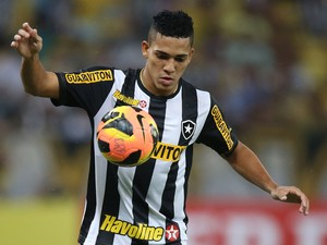 Gilberto Botafogo x Flamengo (Foto: Satiro Sodré)