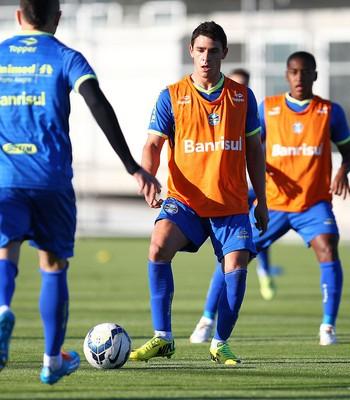 Giuliano fez seu primeiro treino como jogador do Grêmio (Foto: Lucas Uebel/Grêmio)