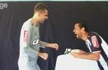 Eu curti! GloboEsporte.com faz o desafio da piada ruim entre Victor e Fred, do Atlético-MG