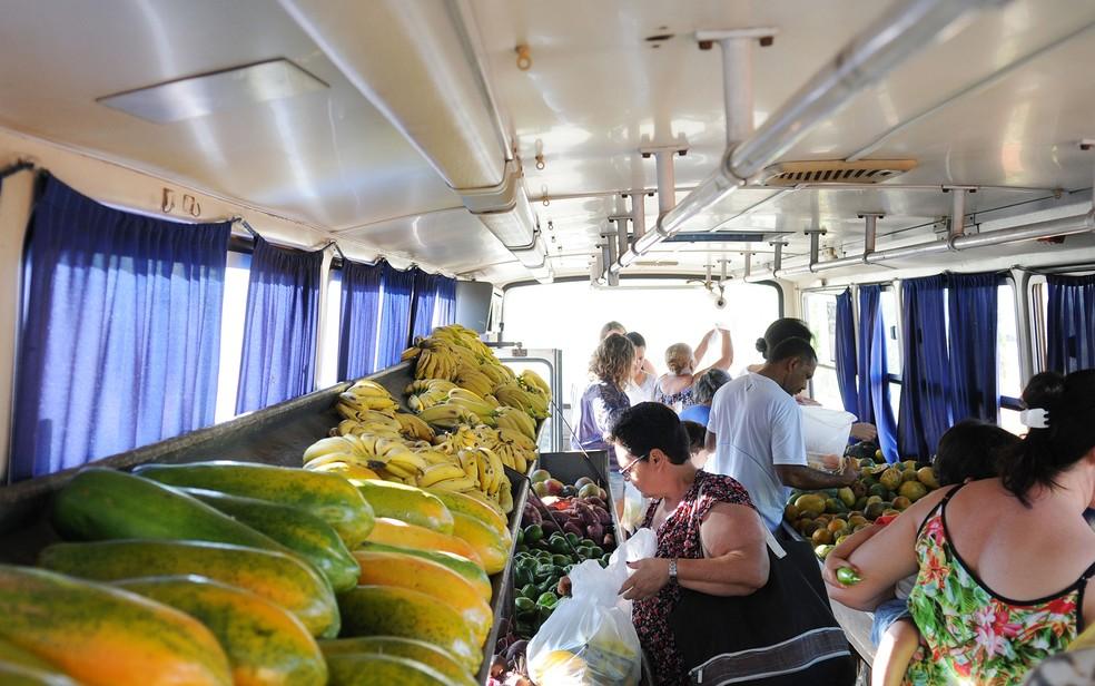 Venda de frutas e verduras no Distrito Federal (Foto: Dênio Simões)