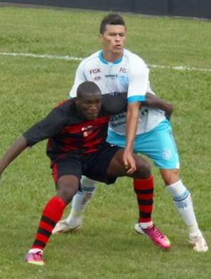 Brayan Riascos, do Flamengo-SP, contra o Marília (Foto: Marcos Vieira Ribeiro / AA Flamengo)