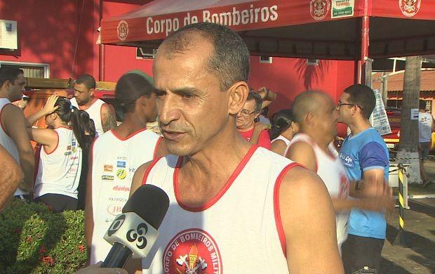 Maratonista olímpico Vanderlei Cordeiro de Lima esteve em Porto Velho para a 'Corrida do Fogo' (Foto: Globo Esporte Rondônia)