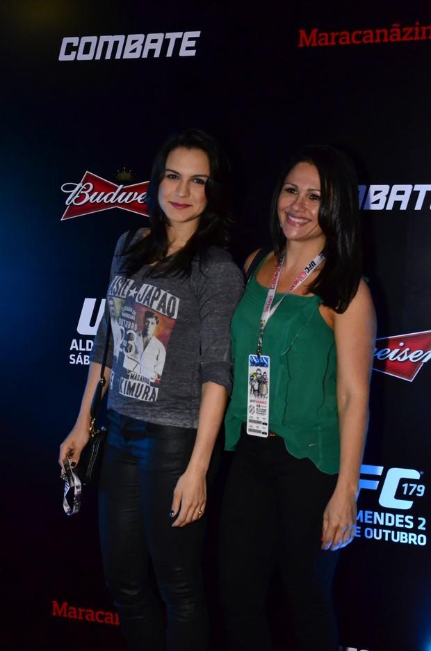 Kyra Gracie e a mãe (Foto: Henrique Oliveira/AGNews)